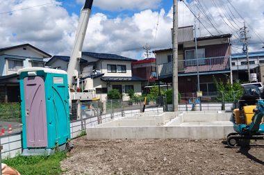 下諏訪町西四王 建売住宅 電柱工事が行われました。