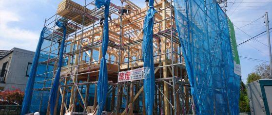 安曇野市三郷明盛建売住宅 上棟がはじまりました。